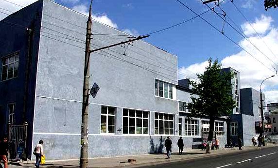 Бывший кинотеатр в Рыбинске стал торговым центром