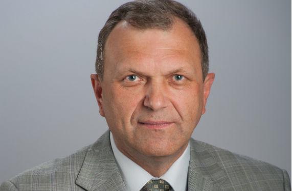Владимир Пахарев