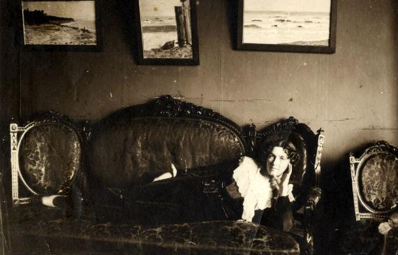 В московской квартире на Арбате, где жила Елена Тидебель