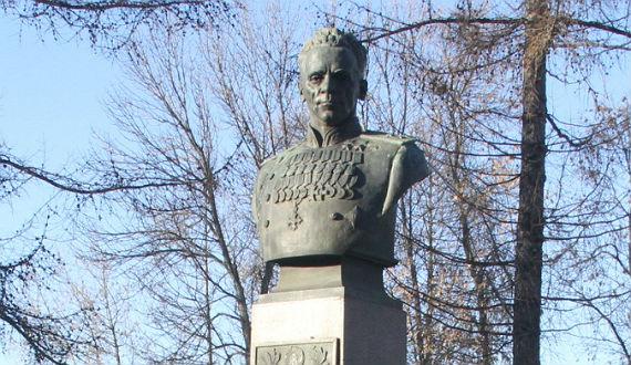 Павел Батов