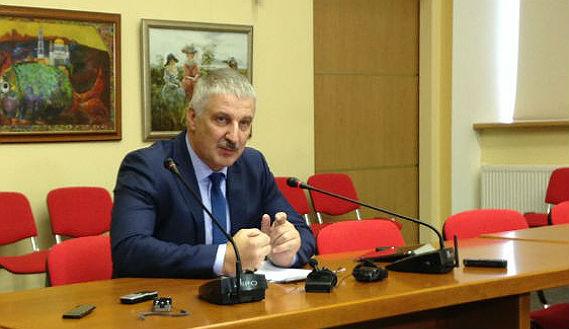 Денис Добряков